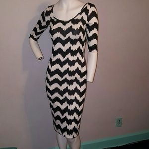 ALLOY Dresses - Black and white Alloy dress